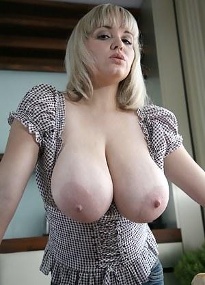 Big Boobs MILF Porn Pictures